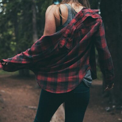Add Flannel to Your Wardrobe Without Looking Like a Lumberjack